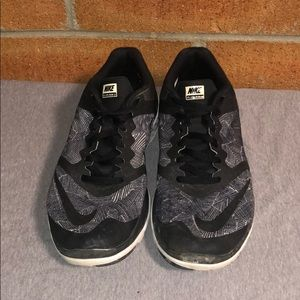 Nike FS Lite Run 3 Black White Grey Print